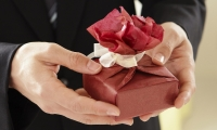 3 Unusual Romantic Gifts Ideas